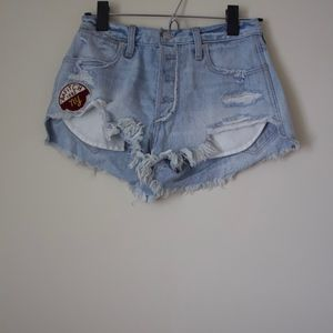 Abercrombie & Fitch Festival Short w/ Patch